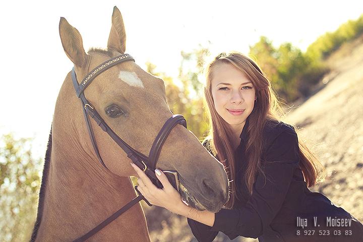 Модель: Даша – Ездили на конный двор