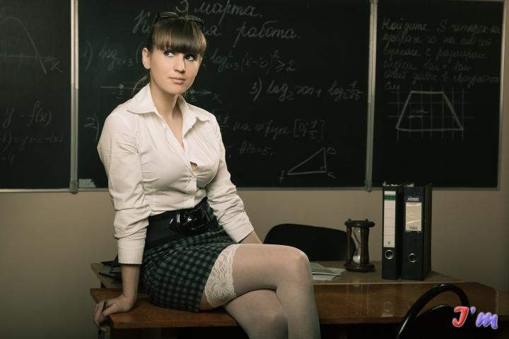 Бесплатное порно молоденькие училки